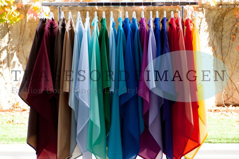 Pañoletas de colores para Asesores de Imagen